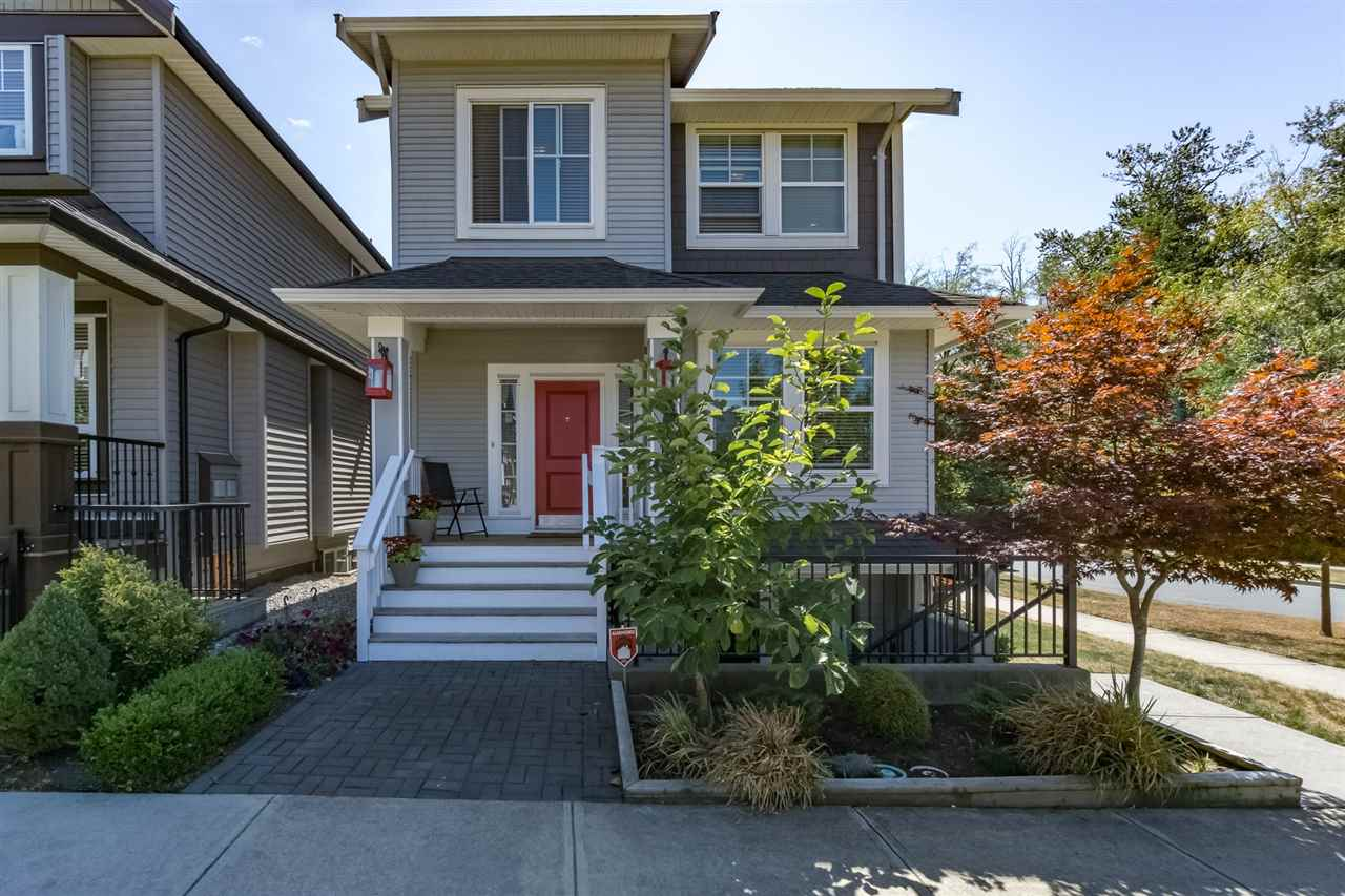 Detached at 19010 67A AVENUE, Cloverdale, British Columbia. Image 1