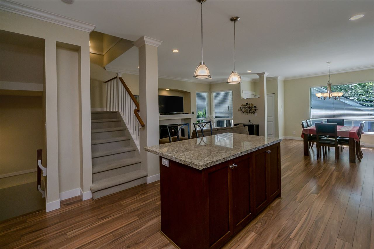 Detached at 19010 67A AVENUE, Cloverdale, British Columbia. Image 6
