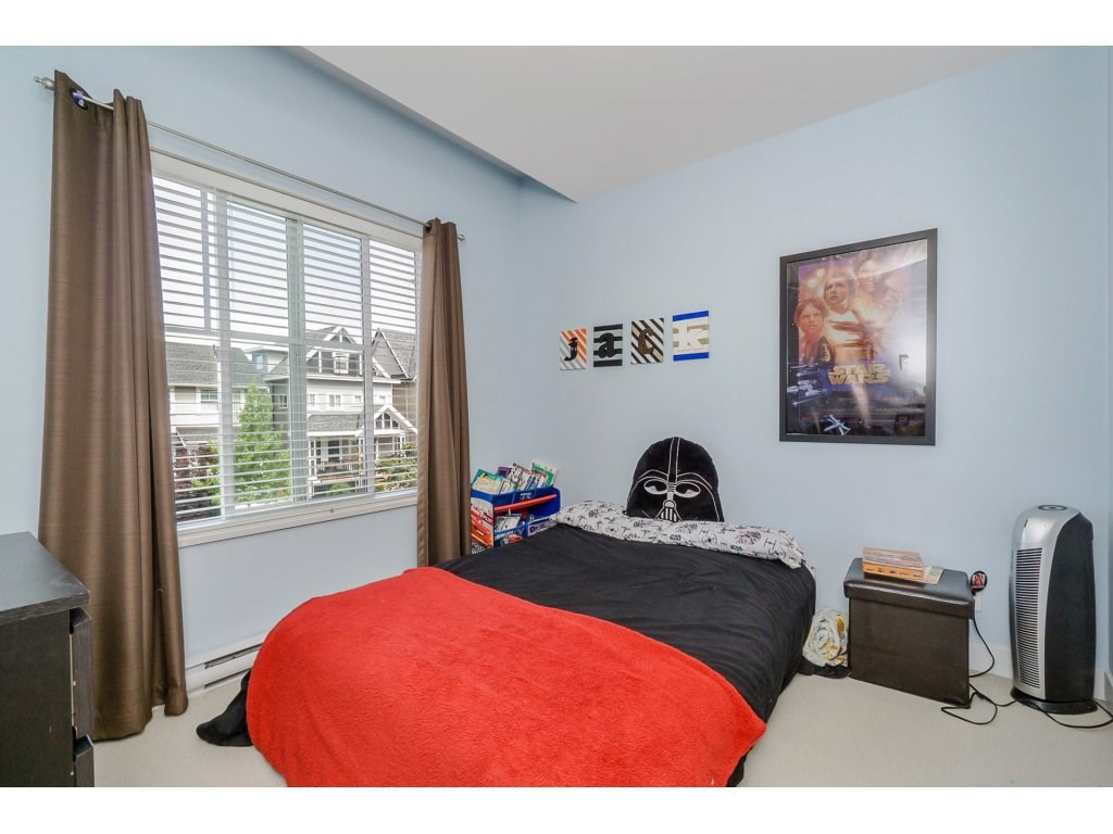 Detached at 19010 67A AVENUE, Cloverdale, British Columbia. Image 14
