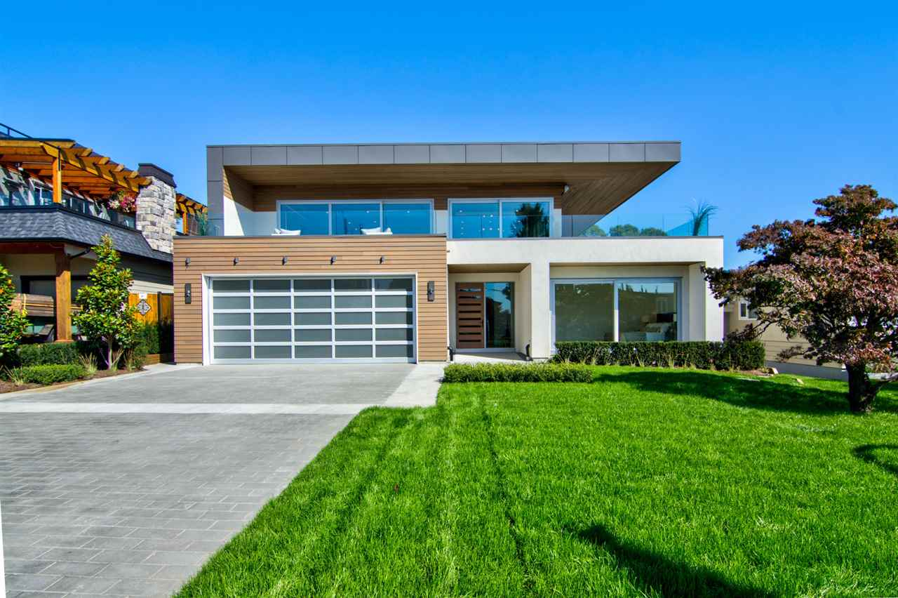 Detached at 15495 PACIFIC AVENUE, South Surrey White Rock, British Columbia. Image 1