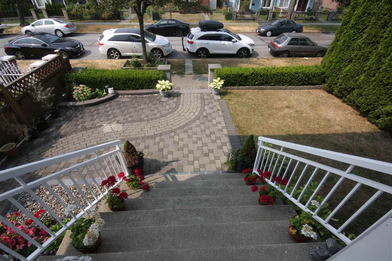 Detached at 6434 BEATRICE STREET, Vancouver East, British Columbia. Image 2