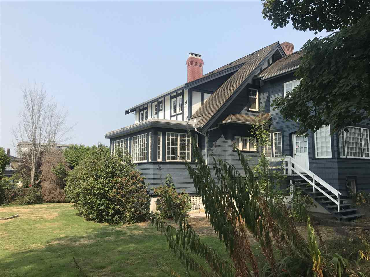 Detached at 1774 W 16TH AVENUE, Vancouver West, British Columbia. Image 3