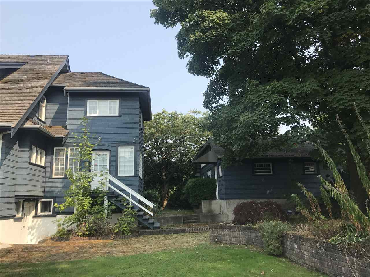 Detached at 1774 W 16TH AVENUE, Vancouver West, British Columbia. Image 4