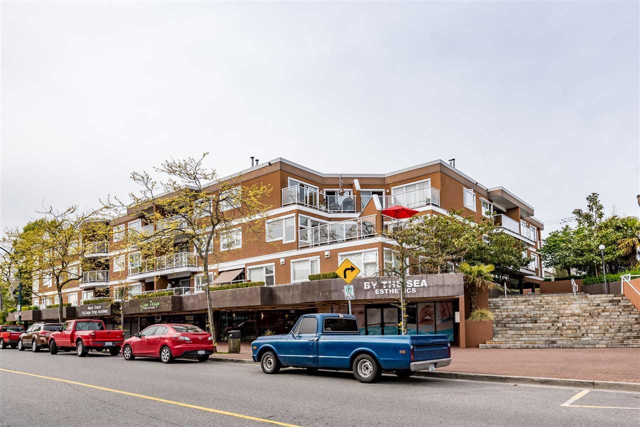 Condo Apartment at 102 15233 PACIFIC AVENUE, Unit 102, South Surrey White Rock, British Columbia. Image 1