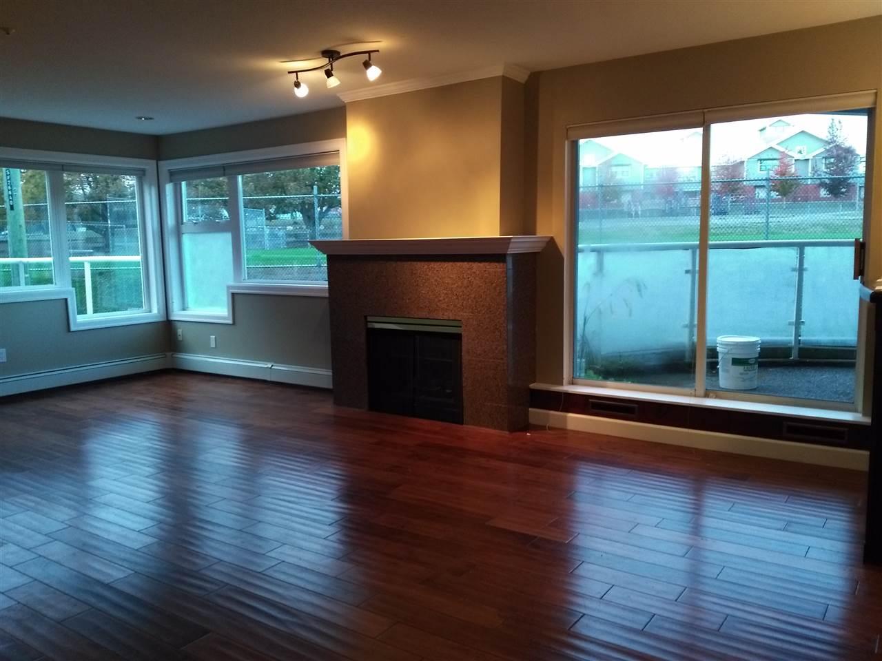 Condo Apartment at 102 15233 PACIFIC AVENUE, Unit 102, South Surrey White Rock, British Columbia. Image 2