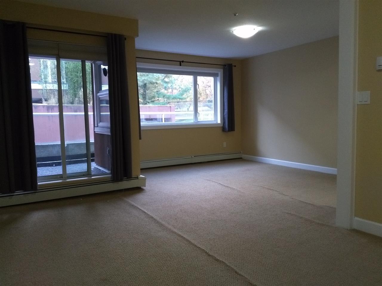 Condo Apartment at 102 15233 PACIFIC AVENUE, Unit 102, South Surrey White Rock, British Columbia. Image 6