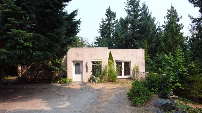 Detached at 118 DOVER PLACE, Islands-Van. & Gulf, British Columbia. Image 1