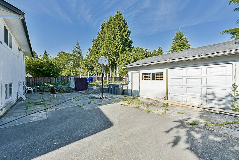 Detached at 8912 148 STREET, Surrey, British Columbia. Image 15