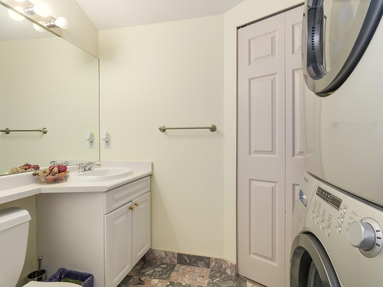 Condo Apartment at 405 2965 HORLEY STREET, Unit 405, Vancouver East, British Columbia. Image 14