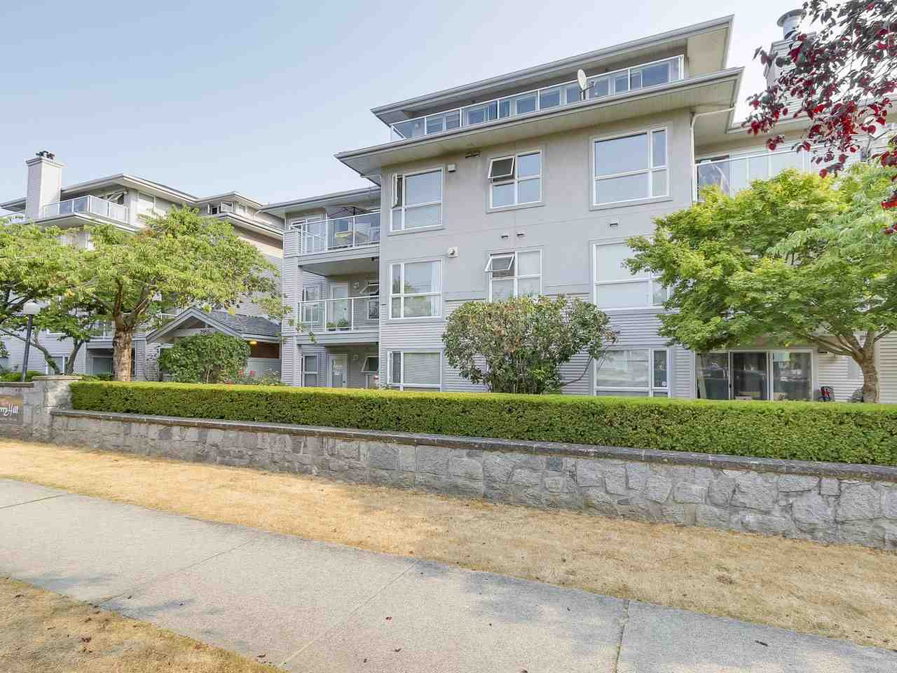 Condo Apartment at 405 2965 HORLEY STREET, Unit 405, Vancouver East, British Columbia. Image 15