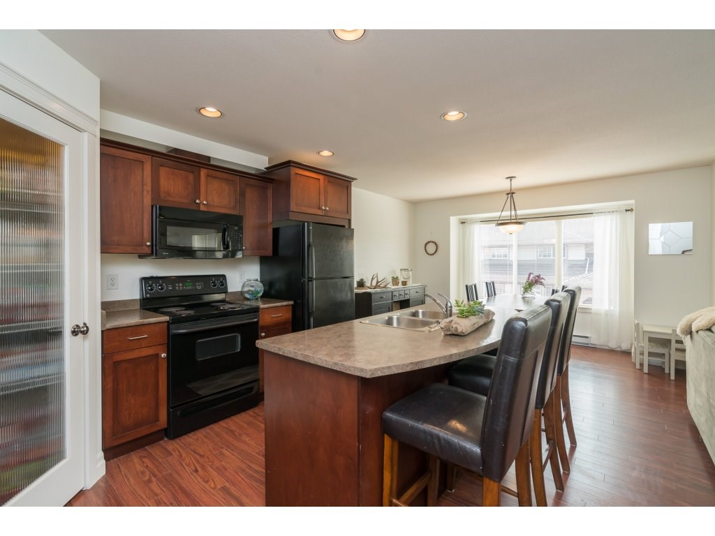 Townhouse at 2 8945 BROADWAY STREET, Unit 2, Chilliwack, British Columbia. Image 7