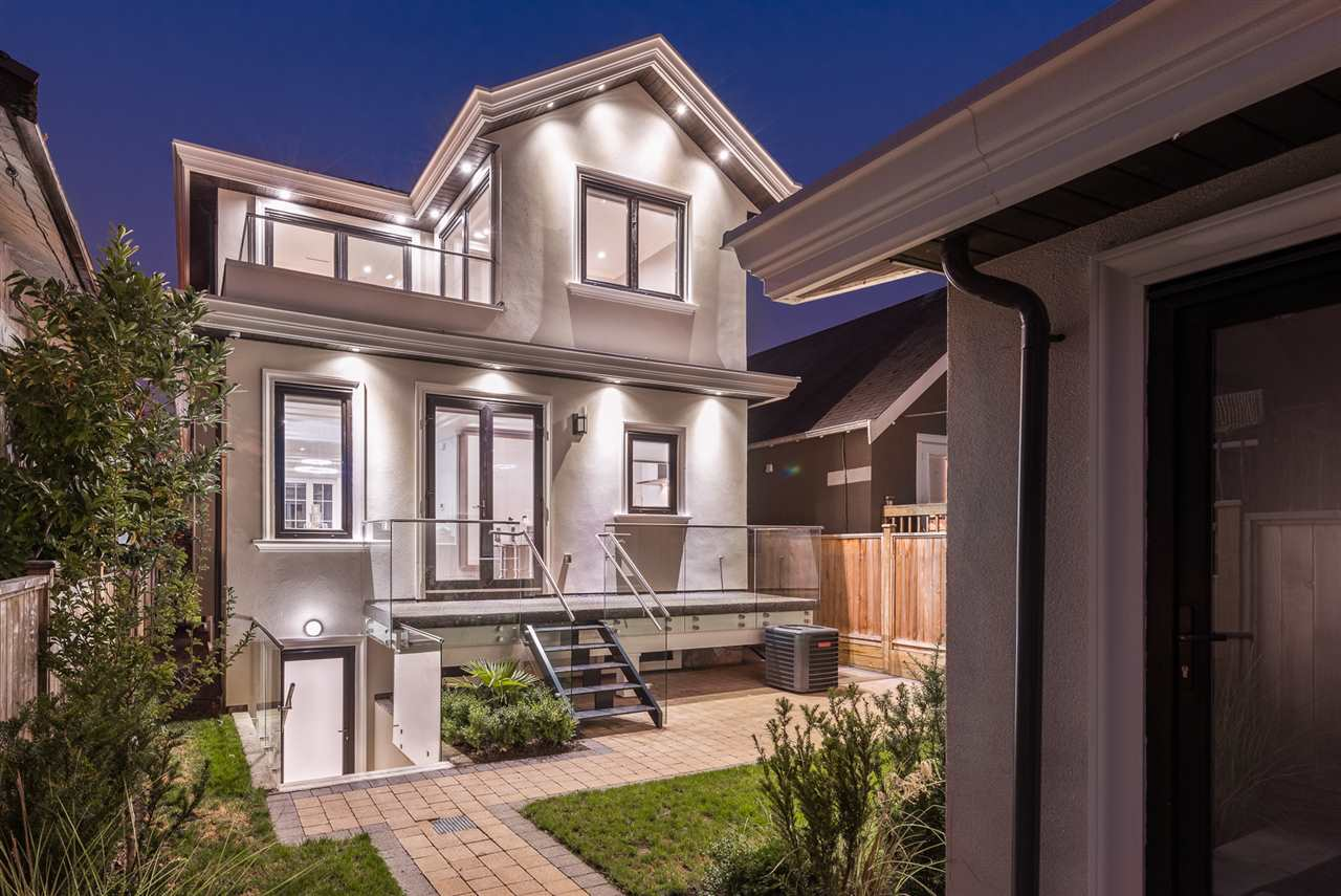 Detached at 3655 DUNBAR STREET, Vancouver West, British Columbia. Image 19