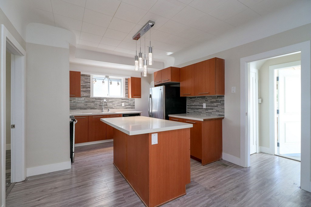 Detached at 3371 NAPIER STREET, Vancouver East, British Columbia. Image 4
