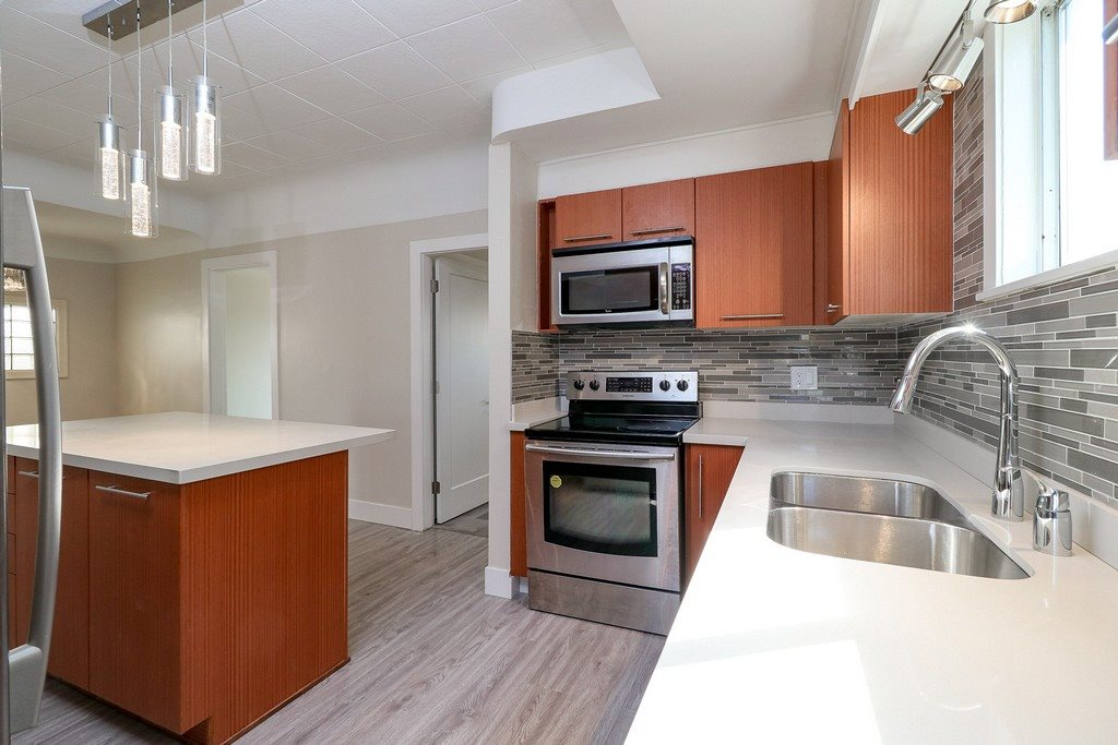 Detached at 3371 NAPIER STREET, Vancouver East, British Columbia. Image 6