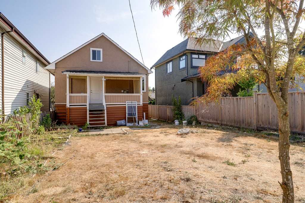 Detached at 3371 NAPIER STREET, Vancouver East, British Columbia. Image 19