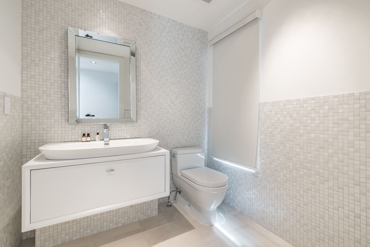 Detached at 4367 CHELSEA CRESCENT, North Vancouver, British Columbia. Image 12