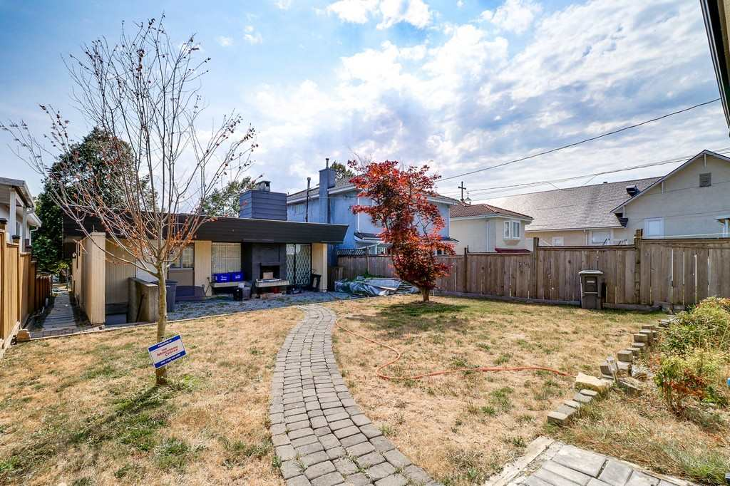 Detached at 585 E 63RD AVENUE, Vancouver East, British Columbia. Image 16
