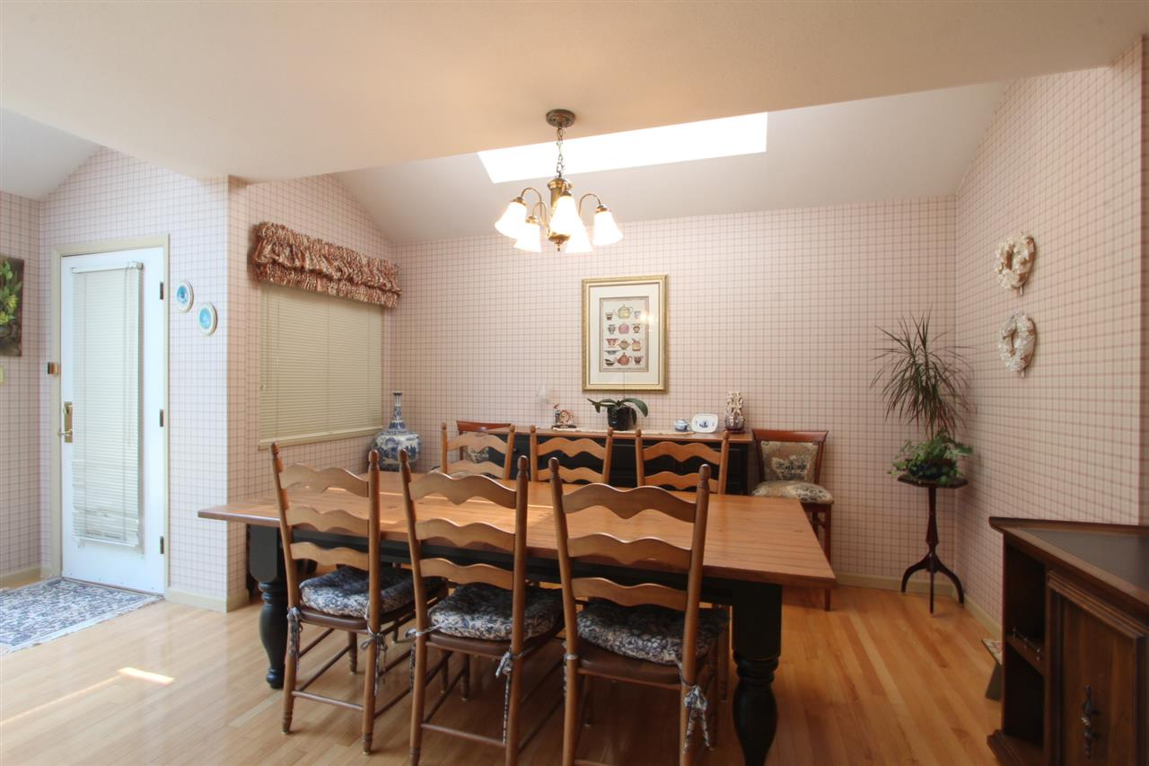 Detached at 7313 SOUTHVIEW PLACE, Burnaby North, British Columbia. Image 9