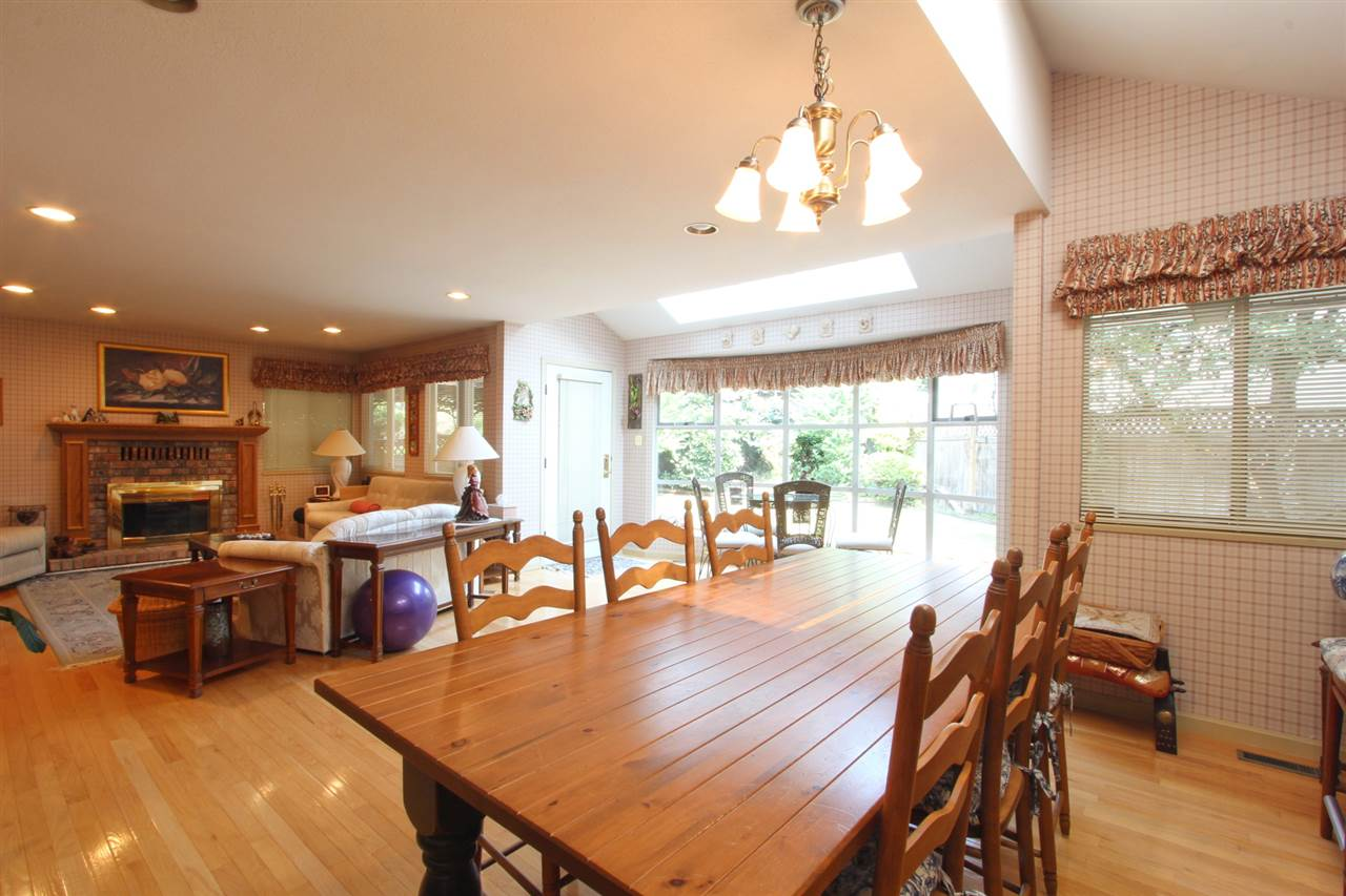 Detached at 7313 SOUTHVIEW PLACE, Burnaby North, British Columbia. Image 10