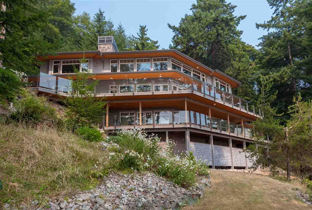 Detached at 779 TAYLOR ROAD, Bowen Island, British Columbia. Image 5