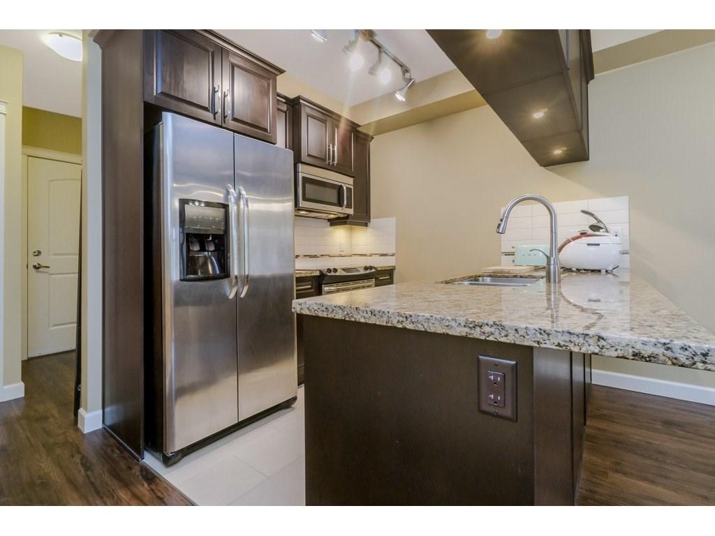 Condo Apartment at 351 8328 207A STREET, Unit 351, Langley, British Columbia. Image 7