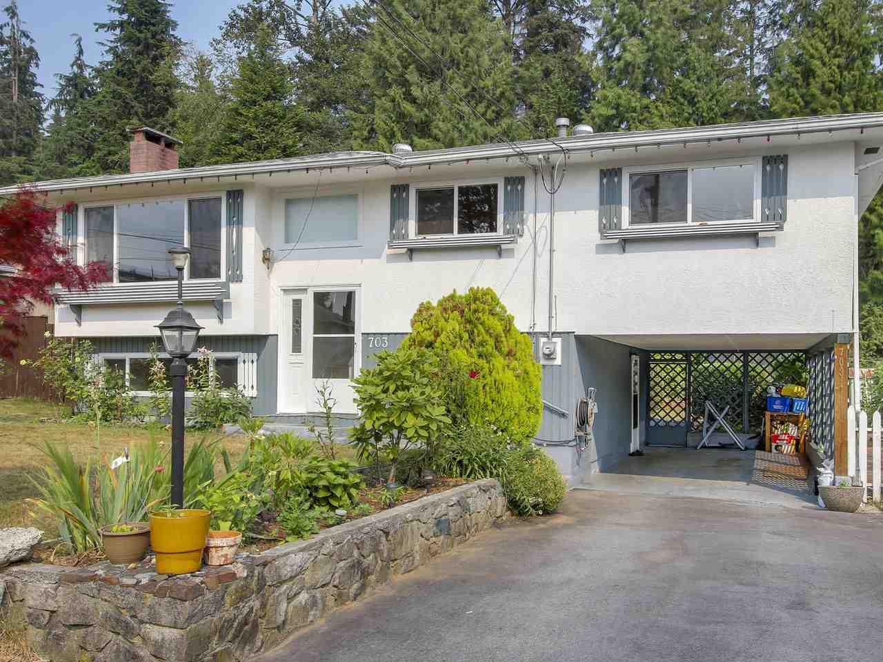 Detached at 703 WILMOT STREET, Coquitlam, British Columbia. Image 2