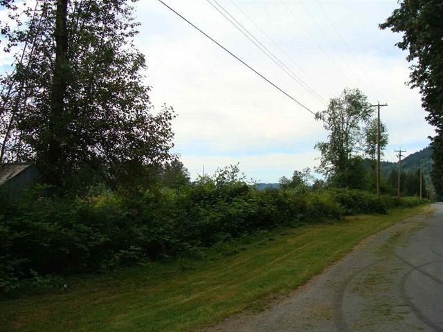 Detached at 38482 BELL ROAD, Mission, British Columbia. Image 3