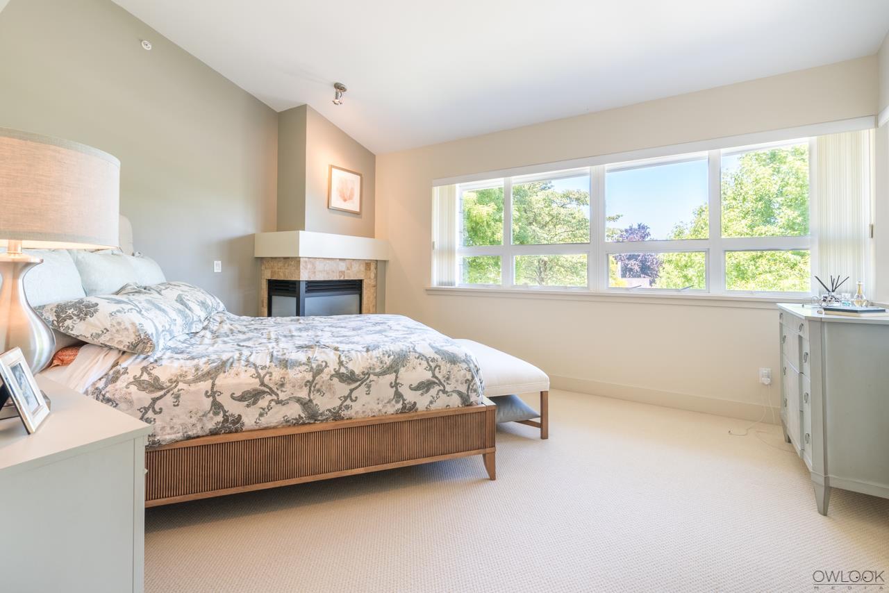Half-duplex at 6012 CHANCELLOR BOULEVARD, Vancouver West, British Columbia. Image 8