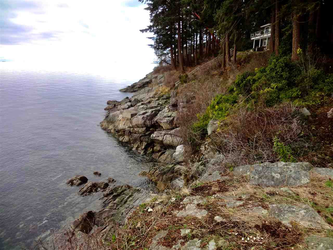 Detached at 2525 LOWER ROAD, Sunshine Coast, British Columbia. Image 7