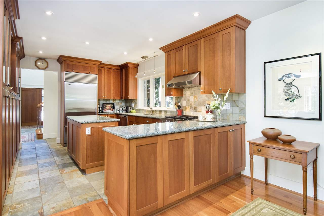 Detached at 1896 29TH STREET, West Vancouver, British Columbia. Image 3