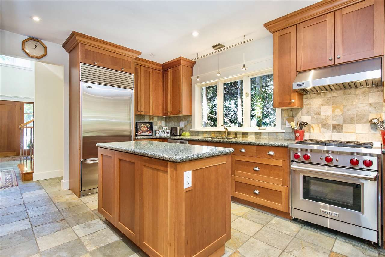 Detached at 1896 29TH STREET, West Vancouver, British Columbia. Image 10