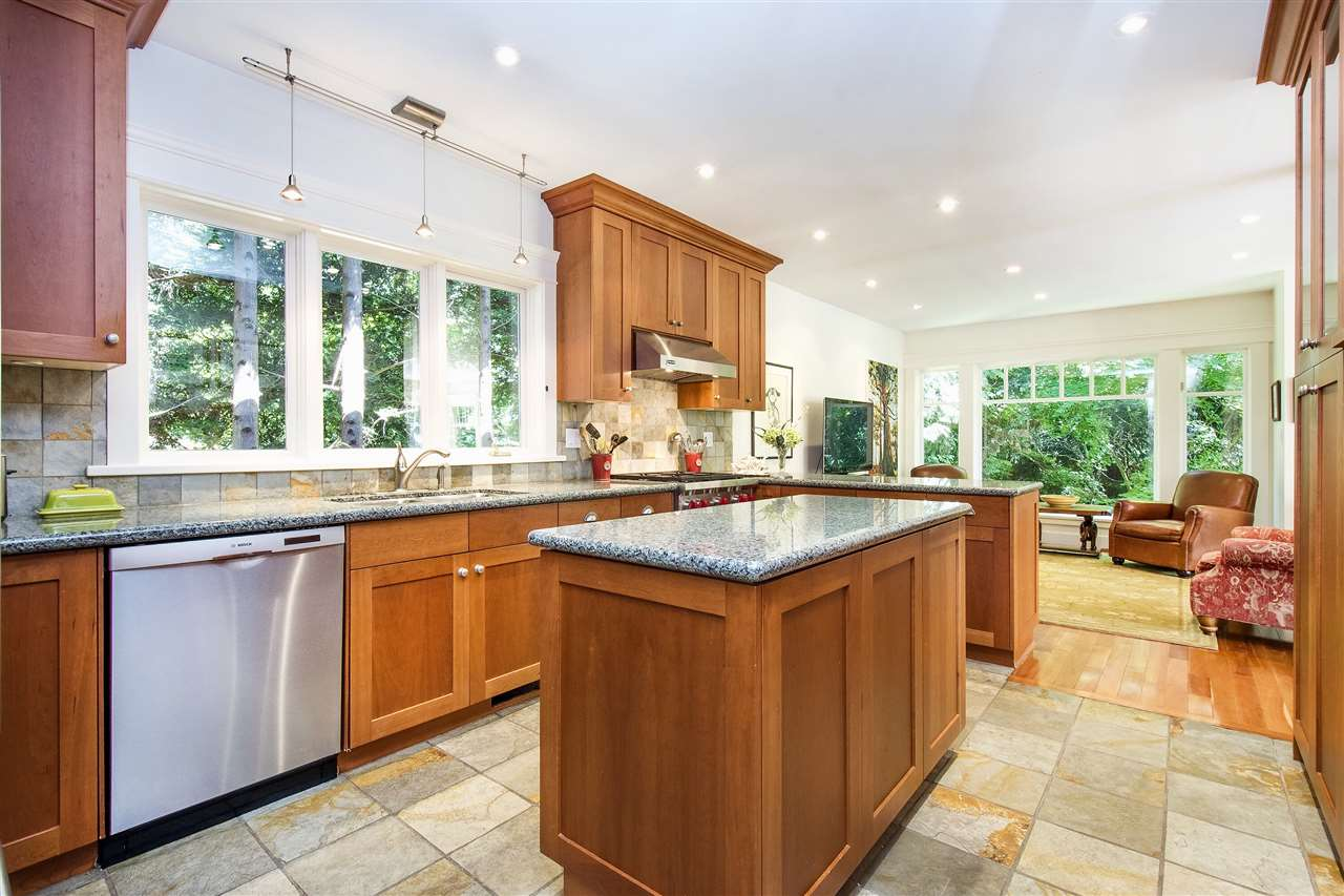 Detached at 1896 29TH STREET, West Vancouver, British Columbia. Image 11