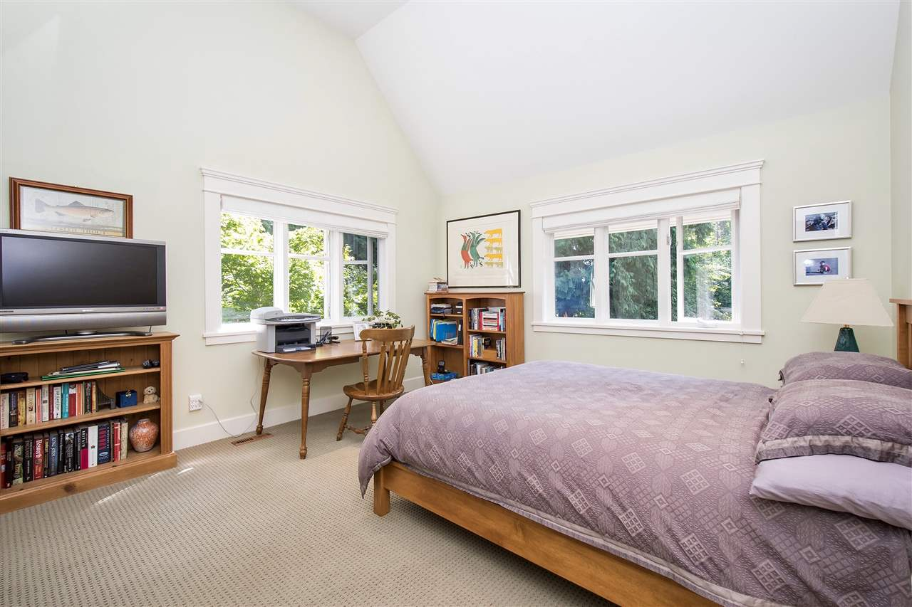 Detached at 1896 29TH STREET, West Vancouver, British Columbia. Image 18