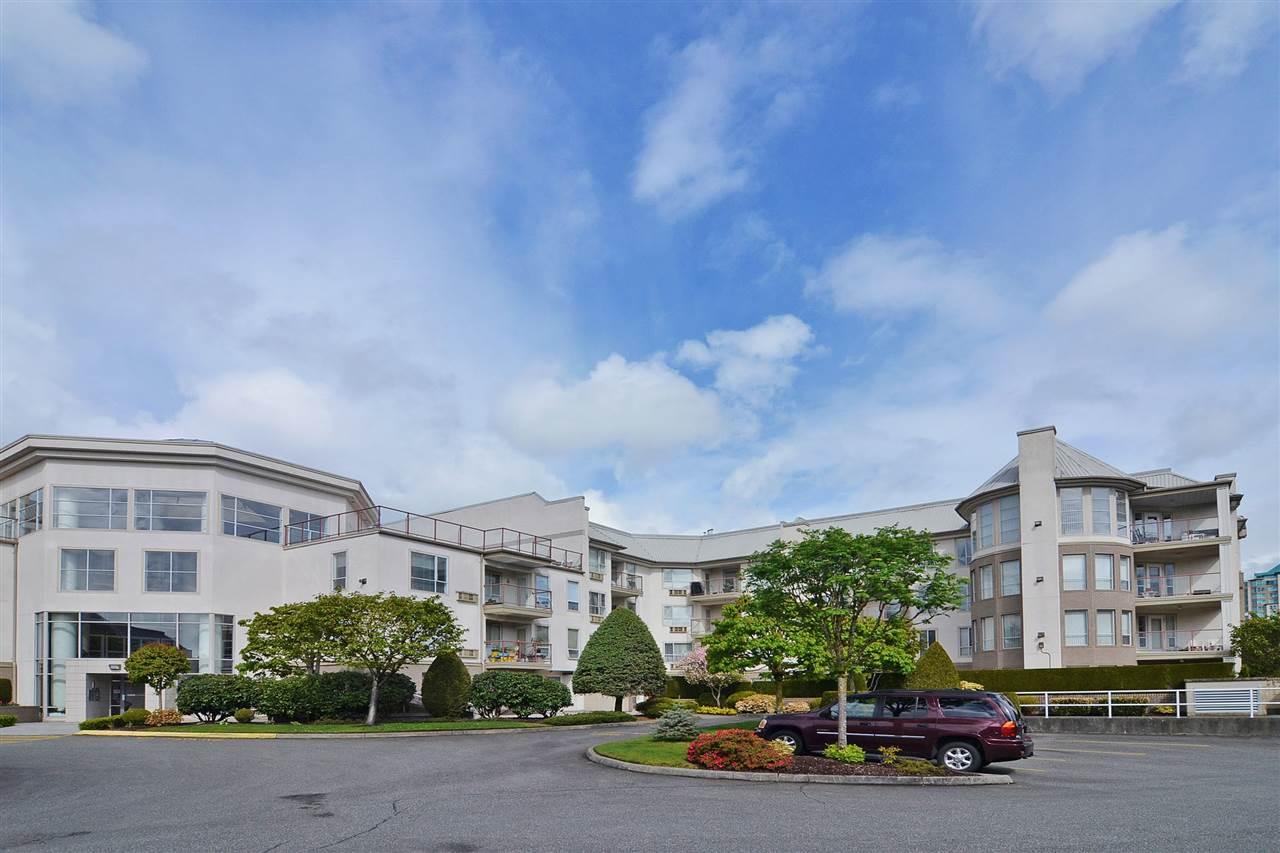 Condo Apartment at 303 2626 COUNTESS STREET, Unit 303, Abbotsford, British Columbia. Image 1