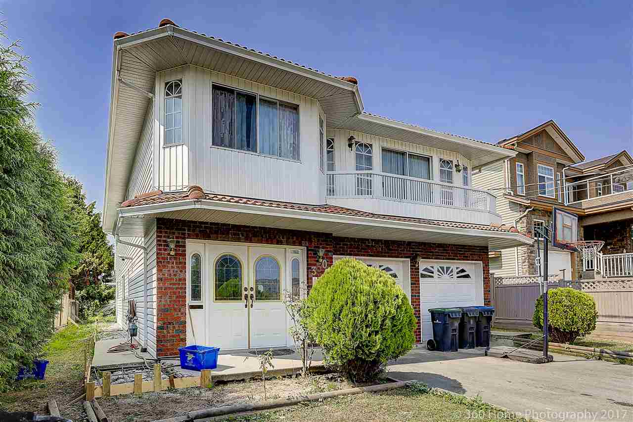 Detached at 350 PEMBINA STREET, New Westminster, British Columbia. Image 2