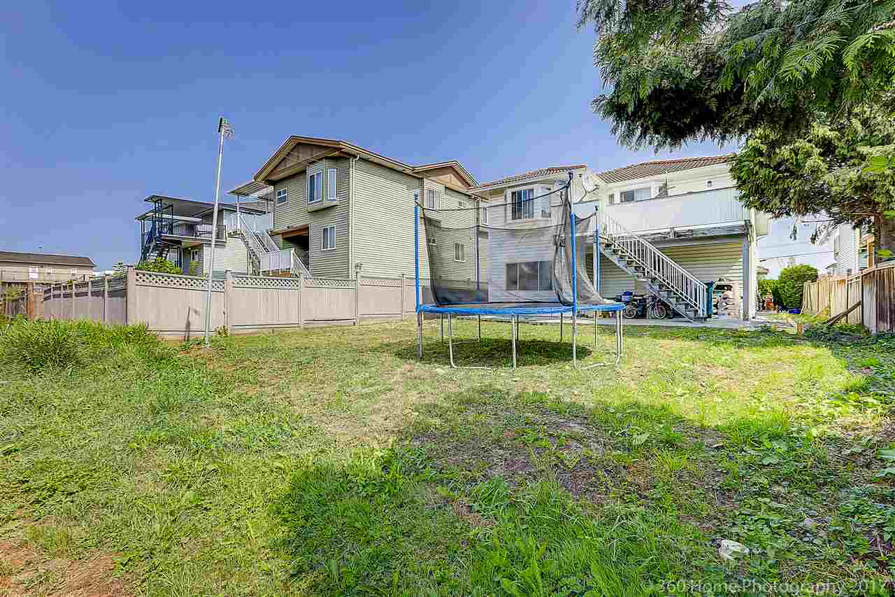 Detached at 350 PEMBINA STREET, New Westminster, British Columbia. Image 20