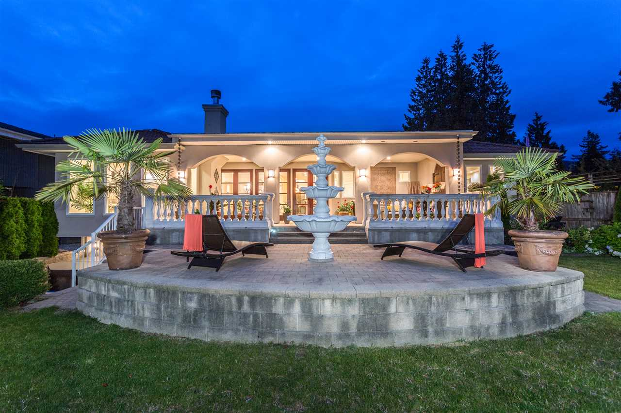 Detached at 2727 CRESCENTVIEW DRIVE, North Vancouver, British Columbia. Image 20
