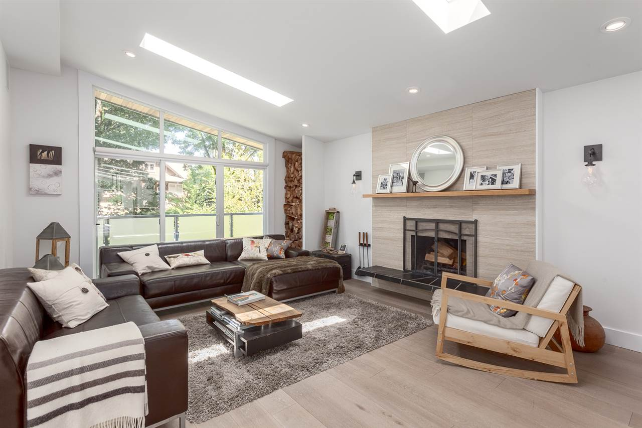 Detached at 4094 W 19TH AVENUE, Vancouver West, British Columbia. Image 3