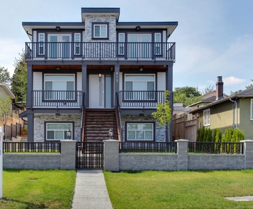 Detached at 413 WILSON STREET, New Westminster, British Columbia. Image 1