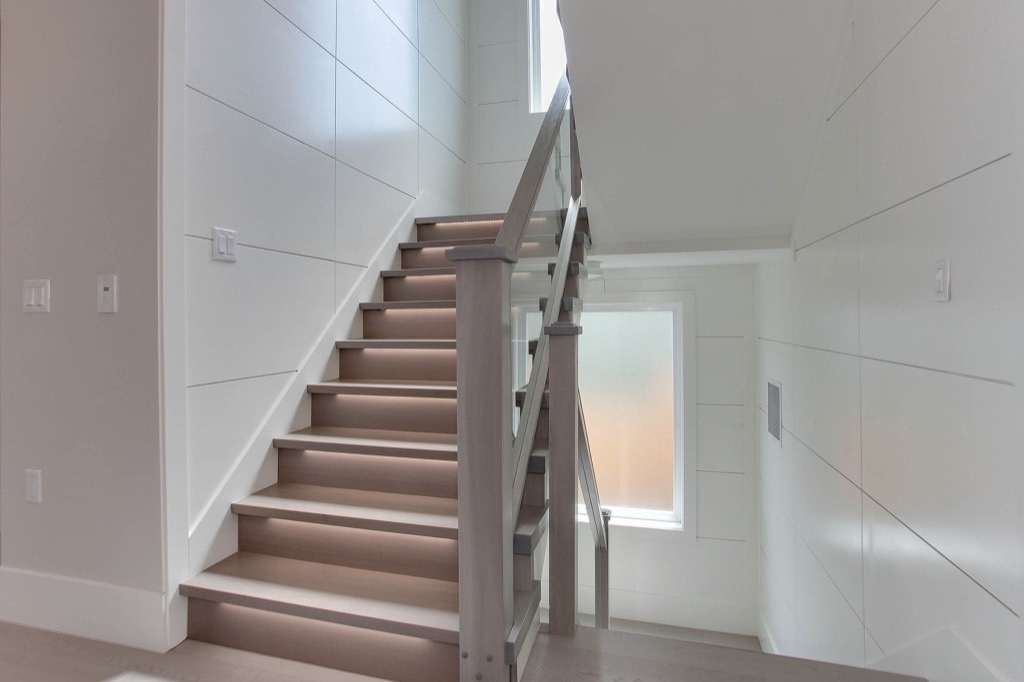 Detached at 413 WILSON STREET, New Westminster, British Columbia. Image 3