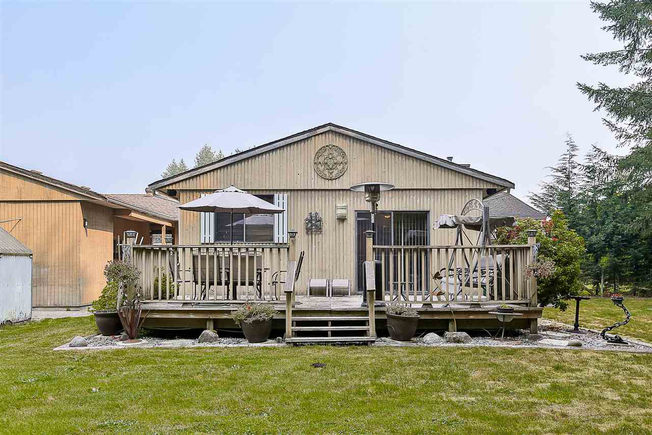 Detached at 24964 54 AVENUE, Langley, British Columbia. Image 19