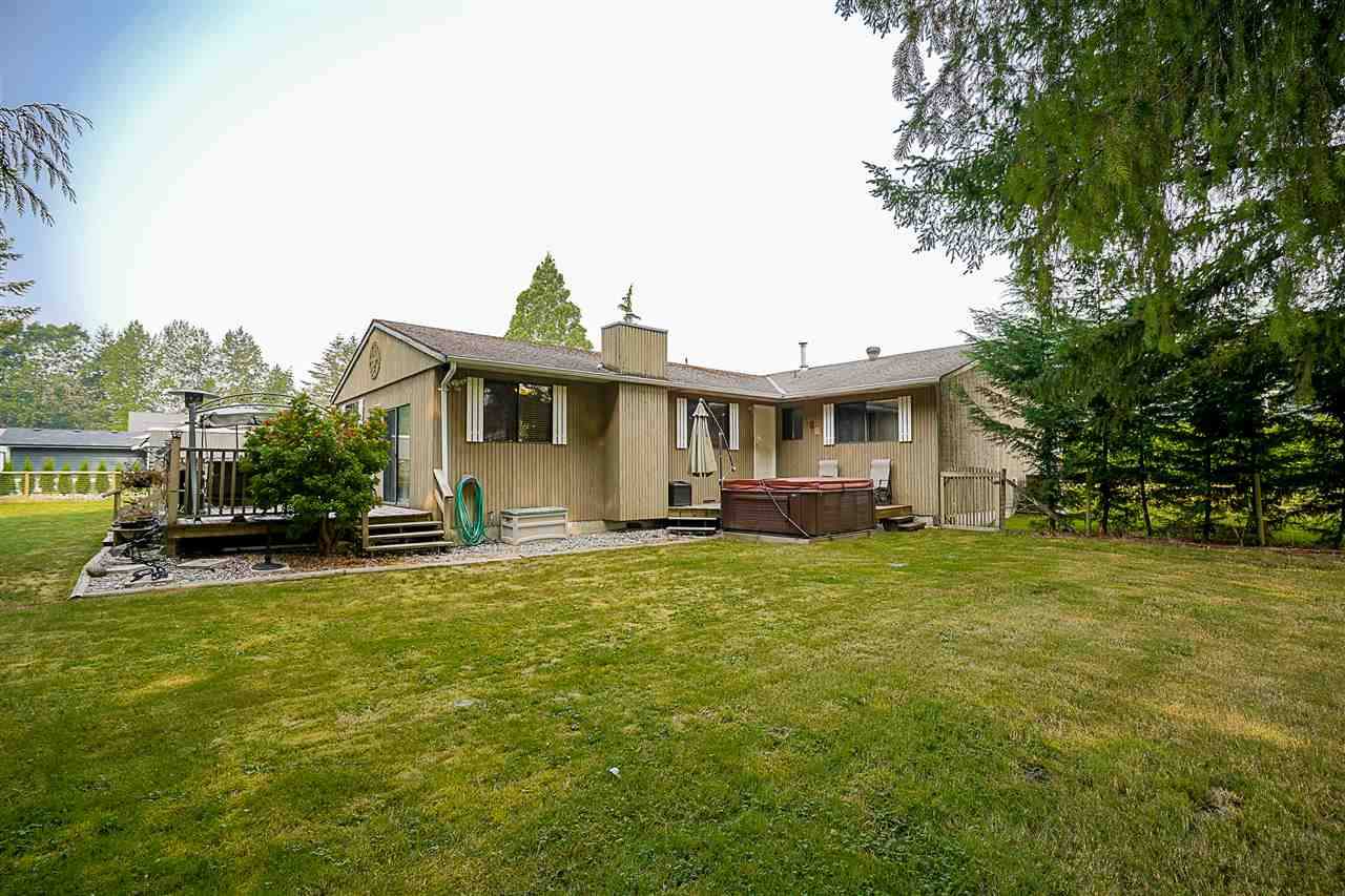 Detached at 24964 54 AVENUE, Langley, British Columbia. Image 20