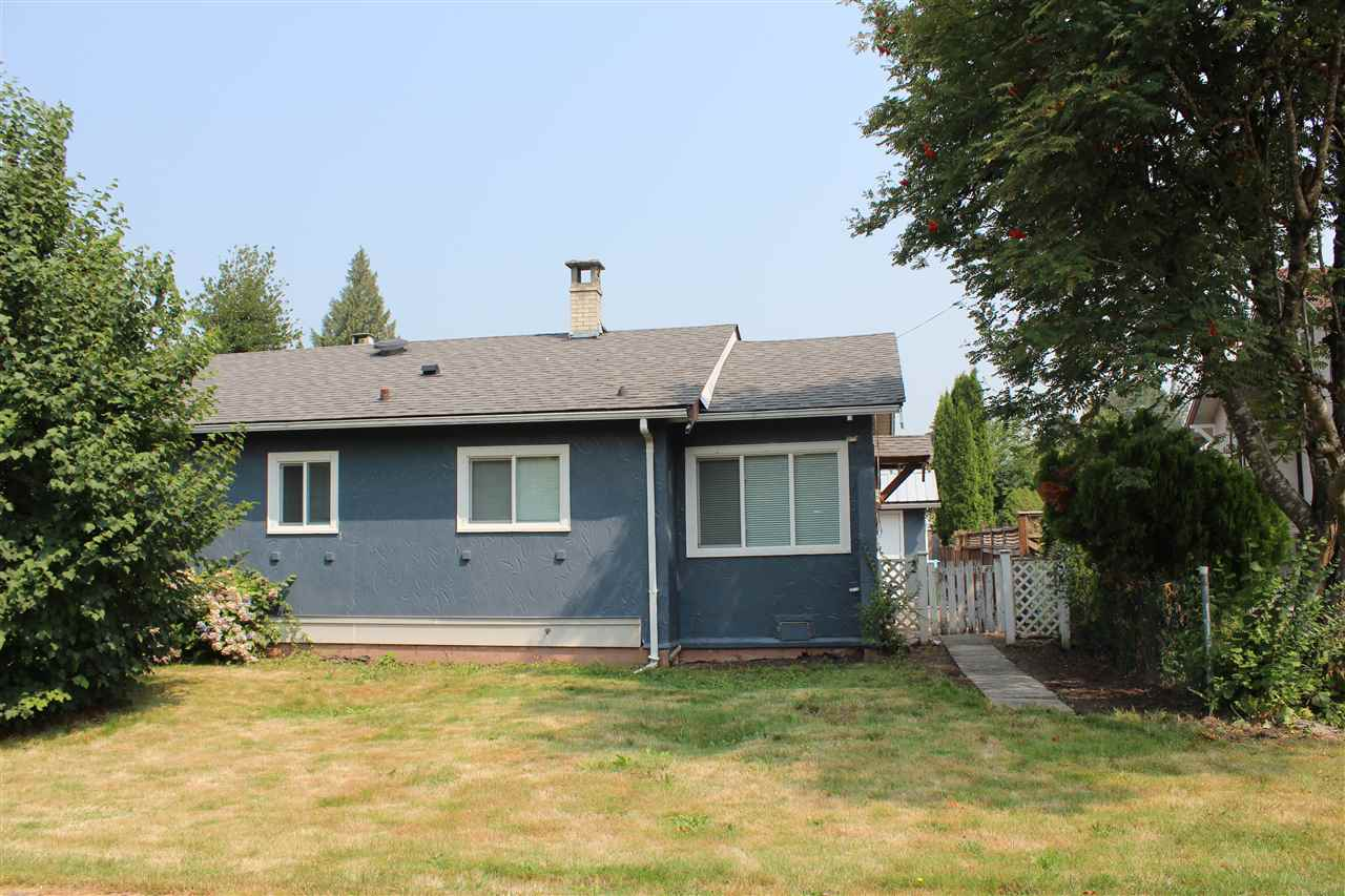 Detached at 9320 EDWARD STREET, Chilliwack, British Columbia. Image 3