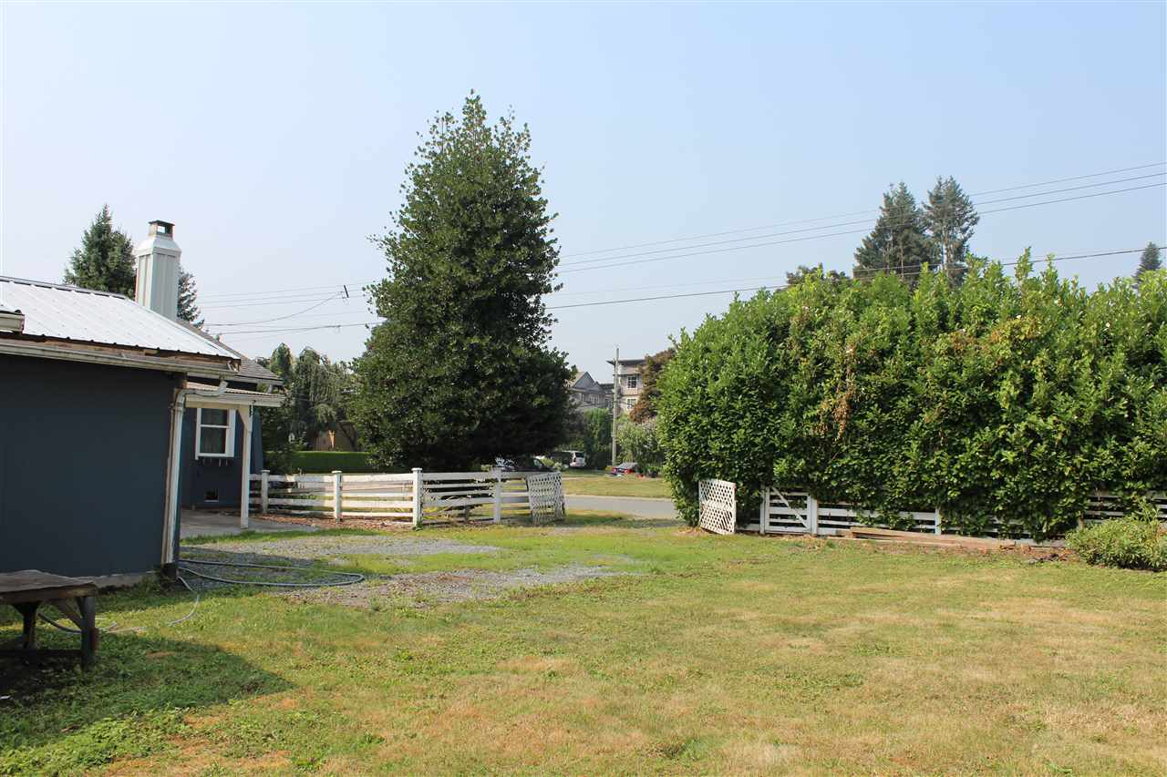 Detached at 9320 EDWARD STREET, Chilliwack, British Columbia. Image 6