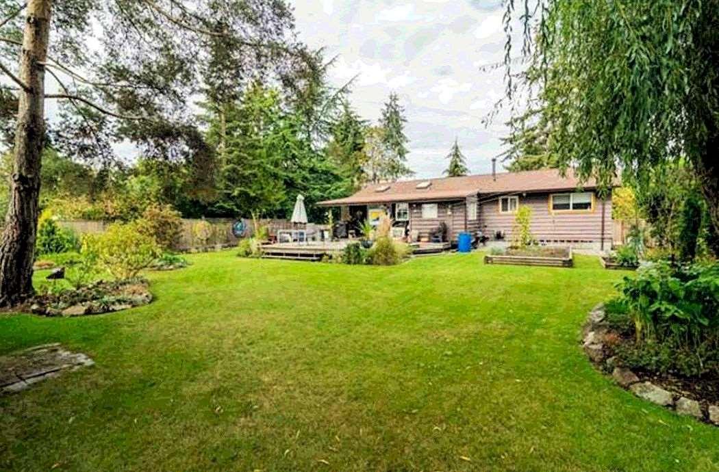 Detached at 17524 60 AVENUE, Cloverdale, British Columbia. Image 1