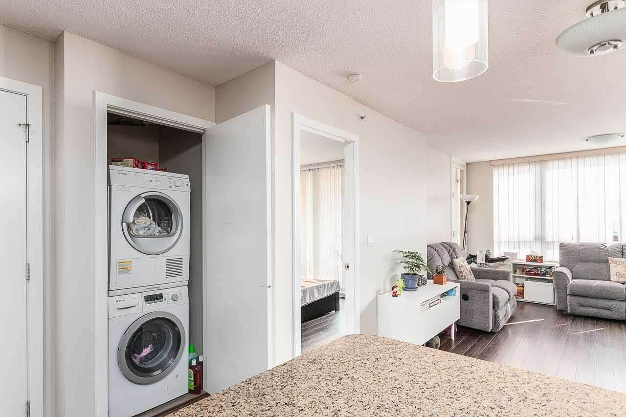 Condo Apartment at 2505 7063 HALL AVENUE, Unit 2505, Burnaby South, British Columbia. Image 5