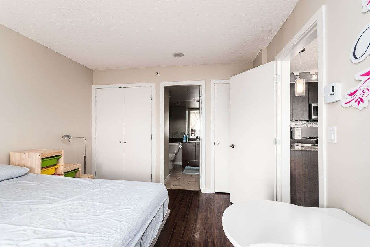 Condo Apartment at 2505 7063 HALL AVENUE, Unit 2505, Burnaby South, British Columbia. Image 8