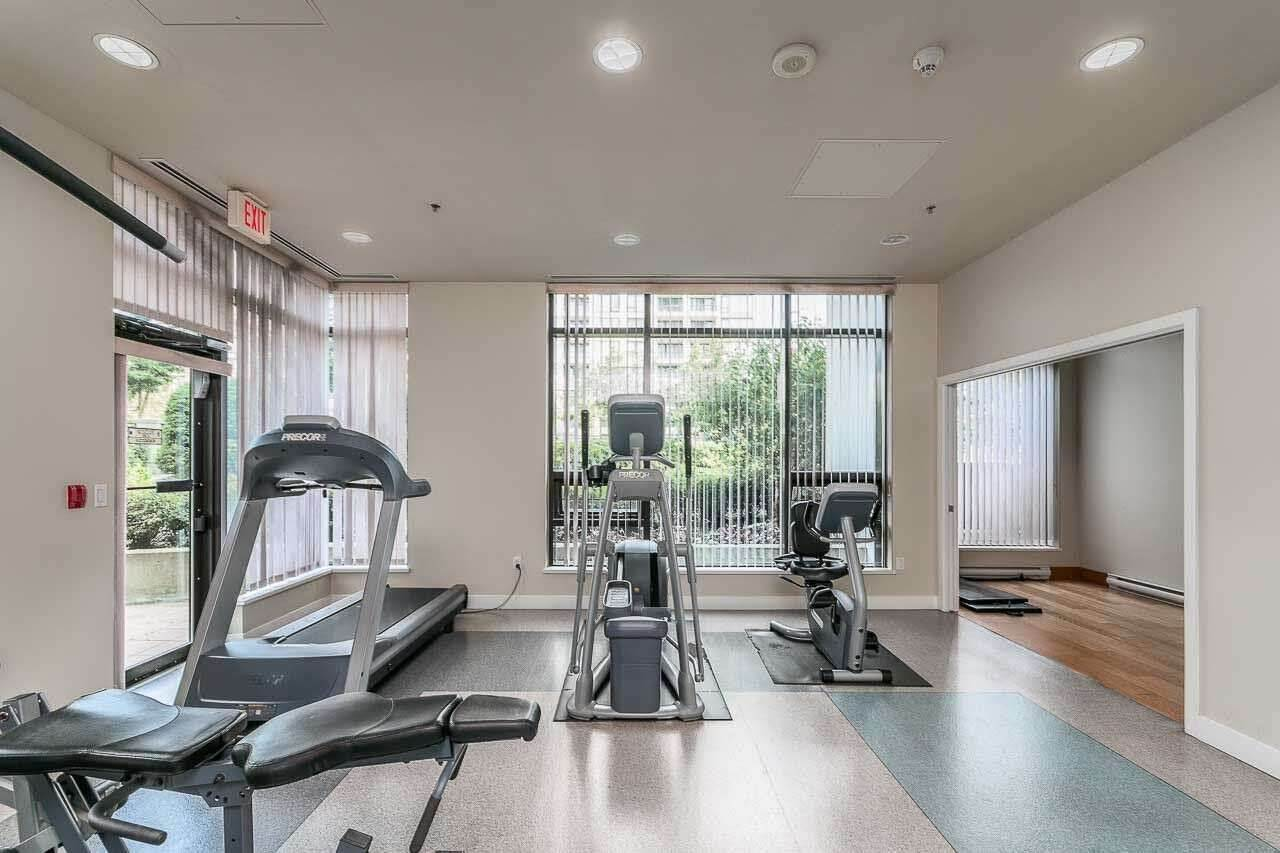 Condo Apartment at 2505 7063 HALL AVENUE, Unit 2505, Burnaby South, British Columbia. Image 17