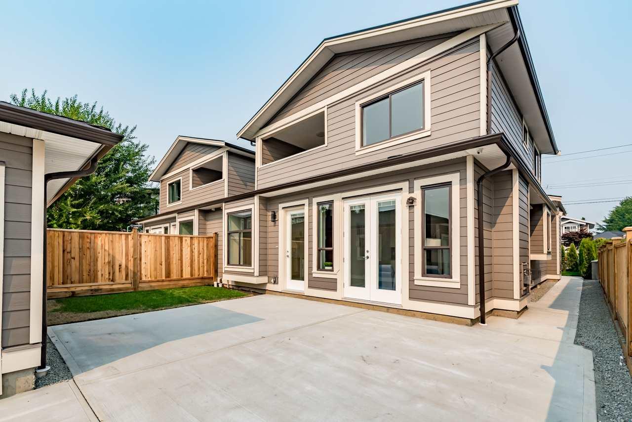 Half-duplex at 1559 SPERLING AVENUE, Burnaby North, British Columbia. Image 19