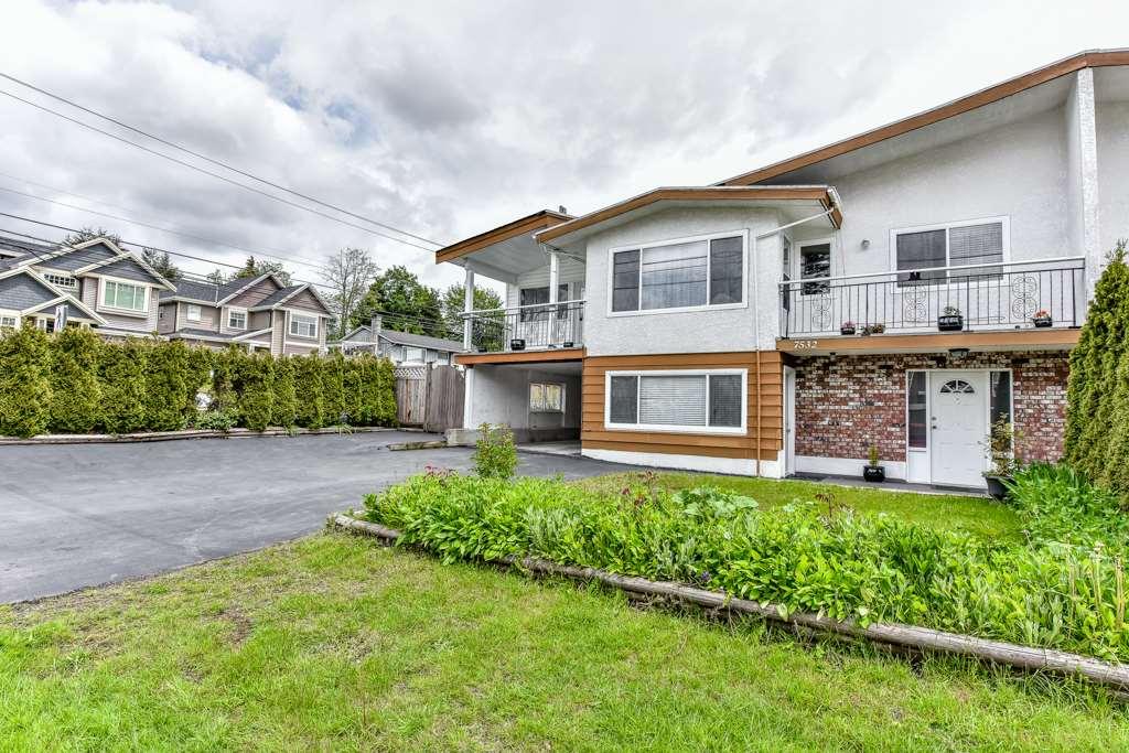 Half-duplex at 7532 118 STREET, N. Delta, British Columbia. Image 2